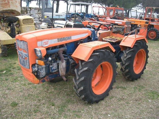 Vendita trattori agricoli usati agriver sas arcole for Trattori usati antonio carraro 7500